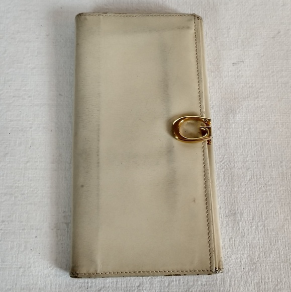Gucci Handbags - Vintage Gucci wallet
